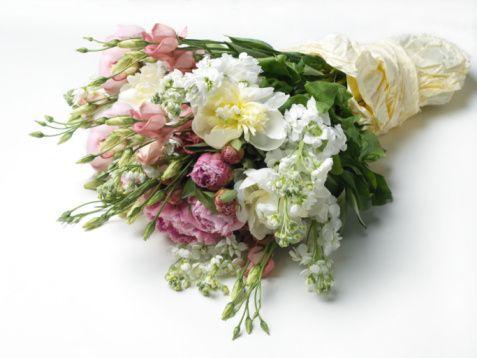 Составить букет из живых цветов мастер класс